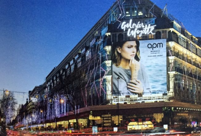 advertising facade galeries lafayette paris